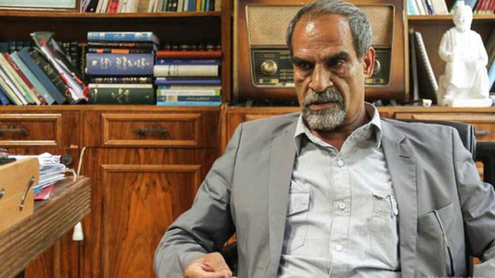 انتقاد شدید یک حقوقدان از رویه شورای نگهبان/ لاریجانی و پزشکیان از اشخاص سالم هستند