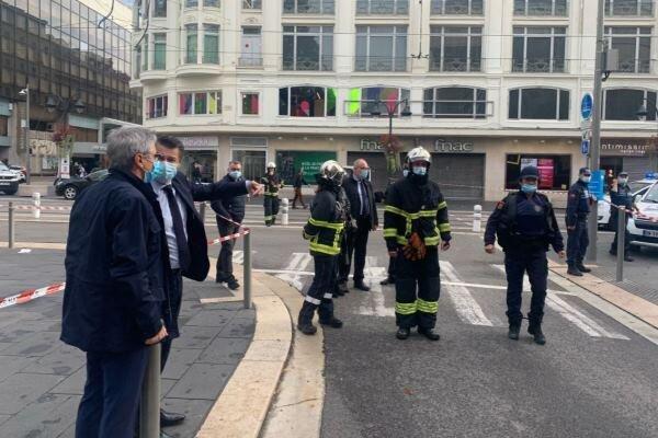 حمله با چاقو در فرانسه/ ۳ نفر کشته شدند/ ویدئو
