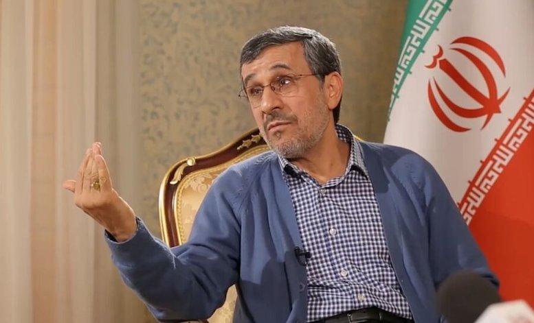توئیت احمدینژاد خطاب به امانوئل مکرون رئیسجمهور فرانسه