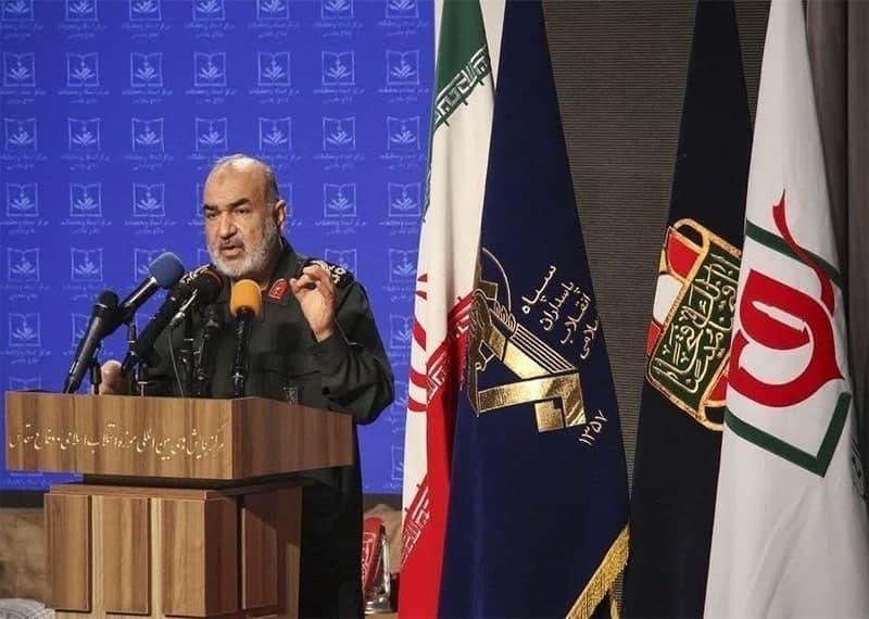 دشمنان منتظر واکنش جمهوری اسلامی ایران باشند
