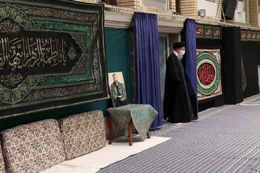 تصویری از رهبر انقلاب در حسینیه امام خمینی (ره)