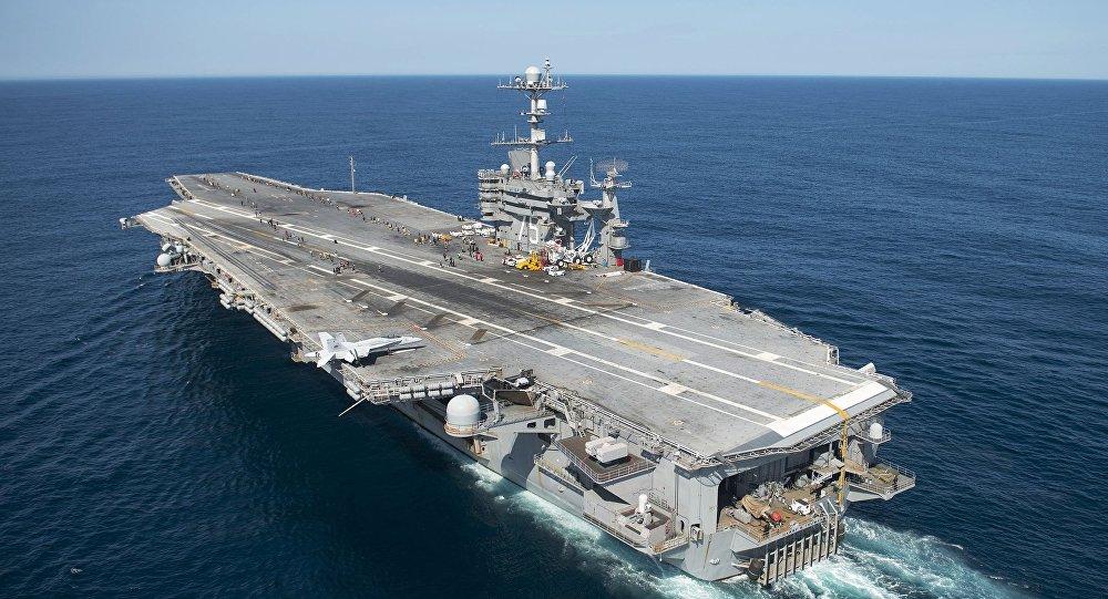 ادعای آمریکا در مورد فرود موشکهای ایران در نزدیکی یک ناو