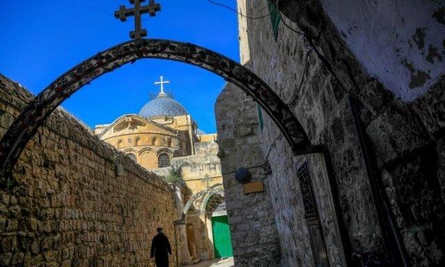 یهودیان افراطی ورودی کلیسای رم در قدس را آتش زدند