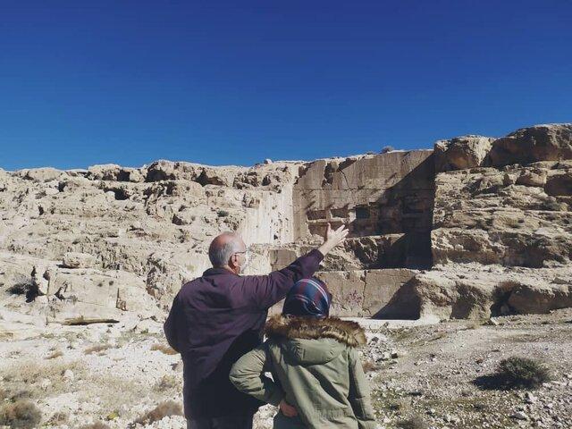 تکمیل طرح مرمت ایوان قدمگاه در ارسنجان