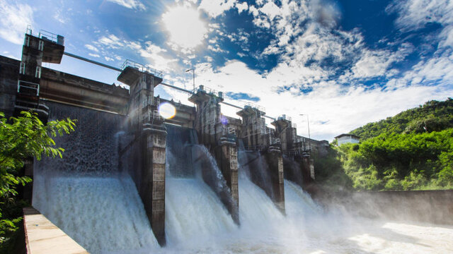 سدها ۲ برابر کربنی را که محصور میکنند، آزاد میکنند!