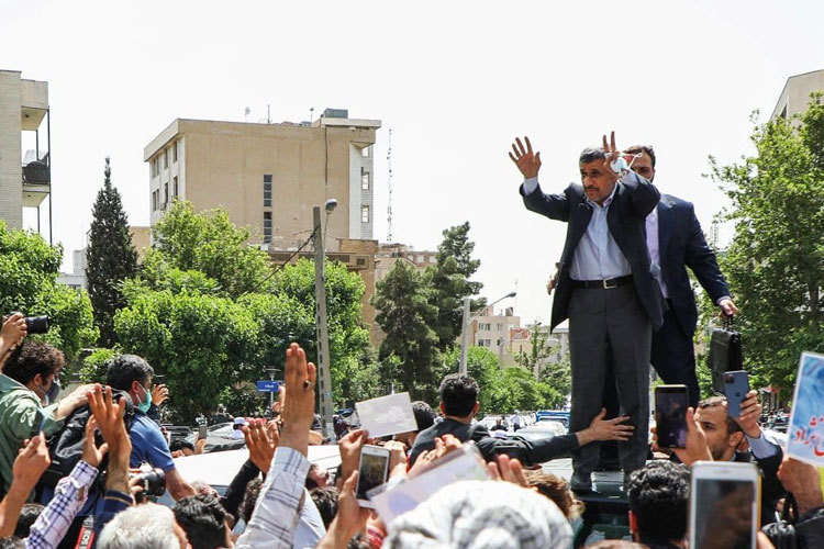 احمدینژاد: اگر ردصلاحیت کردند، هرگز در انتخابات شرکت نمیکنم/ تجمع و خشونت را تایید نمی کنم/ ویدئو